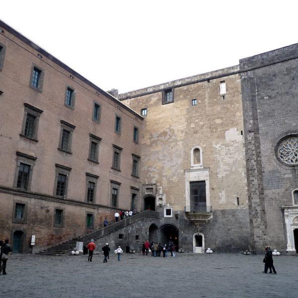 Estate a Napoli, teatro, al via Ridere2019 e Classico Contemporaneo
