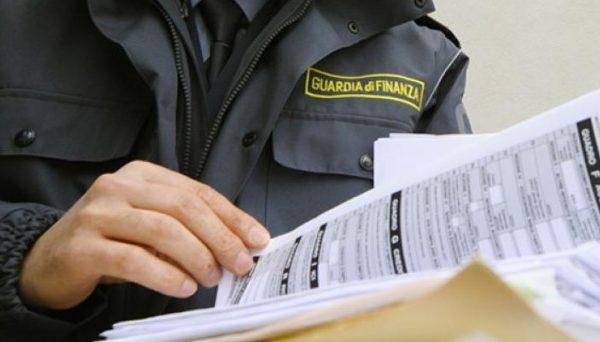 Case vacanze abusive e irregolari, controlli in tutta Italia della Guardia di Finanza. I consigli dell'Abbac