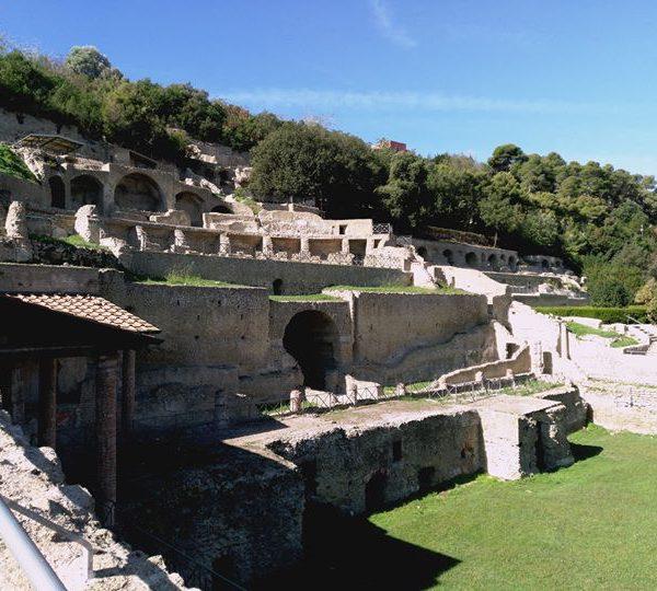 Pozzuoli, siti archeologici gratuiti per San Gennaro. Ecco le info anche per il programma al Duomo