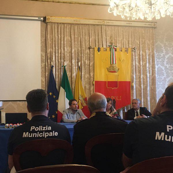 Napoli, Il Comune non paga i b&b che avevano ospitato medici ed infermieri, la denuncia dell'Abbac