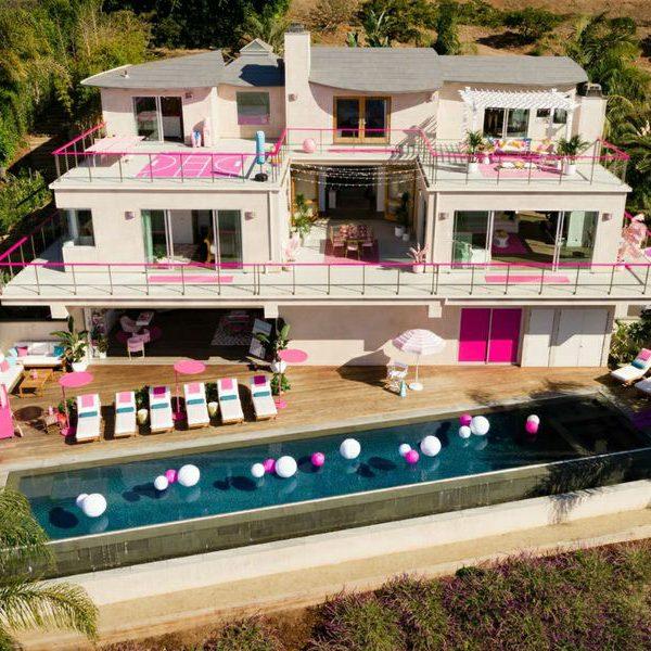 """La casa di Barbie in affitto su Airbnb, un mese fa anche quella della """"Signora in giallo"""""""