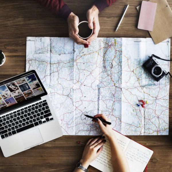Il 2020 anno del turismo lento, parola di Booking. Viaggiatori alla scoperta di mete no overtourism