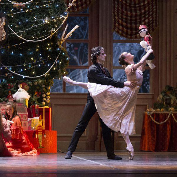Al Teatro San Carlo, il 27 dicembre, biglietti gratuiti riservati agli ospiti delle nostre strutture per lo Schiaccianoci. Ecco come prenotare