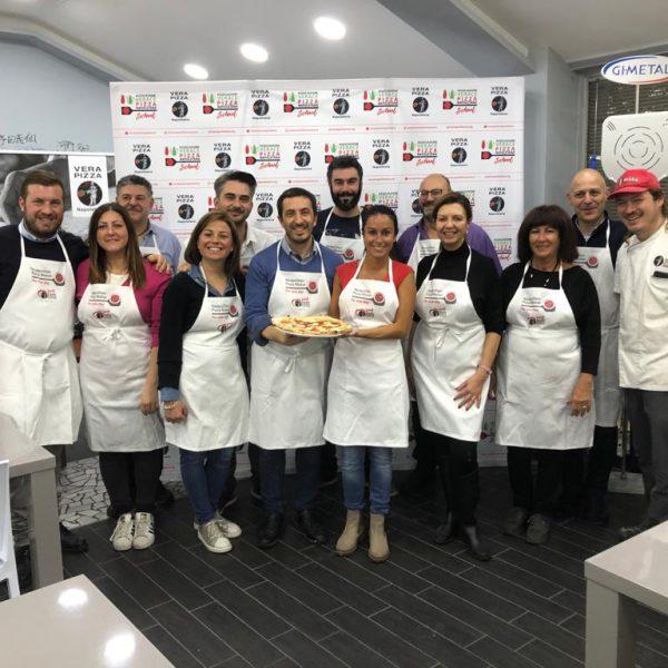 Abbac e Associazione Verace Pizza Napoletana per offrire un'esperienza unica agli ospiti e viaggiatori