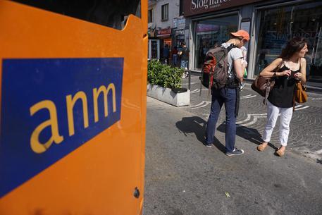 Napoli, fermo autisti Anm crea disagi anche a turisti. L'Abbac chiede sinergia