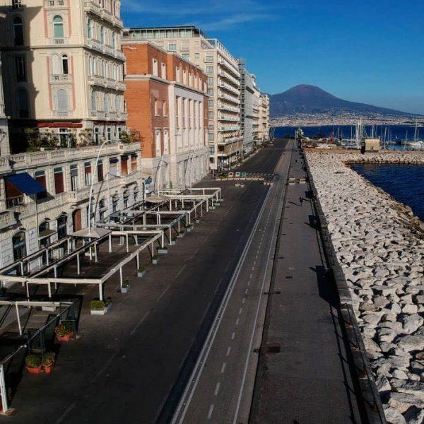 Turismo, il lockdown costa caro in Campania, persi già 35 milioni di euro e 95% di presenze rispetto allo scorso anno. L'Abbac chiede alla Regione interventi robusti