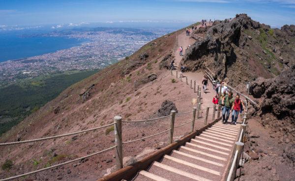 Vesuvio, gestione ticket e servizi al Gran Cono, Abbac sollecita interventi e sinergia