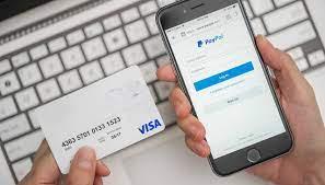 Paypal, dal 10 novembre nuove regole per i clienti italiani, ecco cosa cambia
